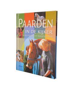 BR Libro: NL Horses sotto i riflettori